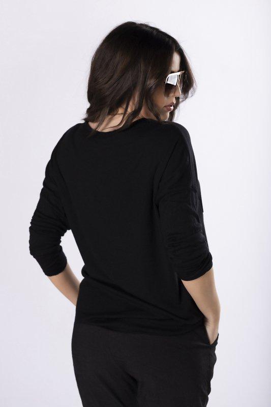 bluzka z wytłaczanym nadrukiem