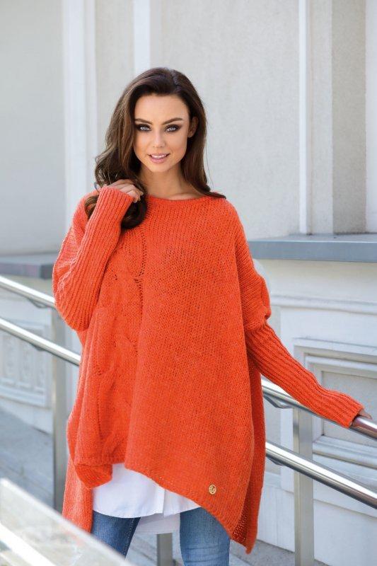 Modny sweter ponczo LS240