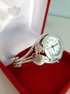 Zegarek ze srebra kod 12