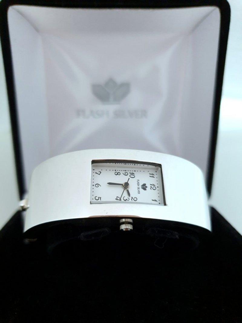 Zegarek ze srebra kod 123