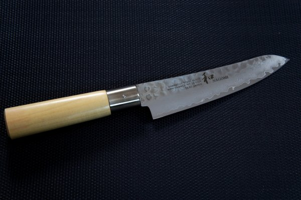 Nóż uniwersalny 15cm Nagomi Shiro
