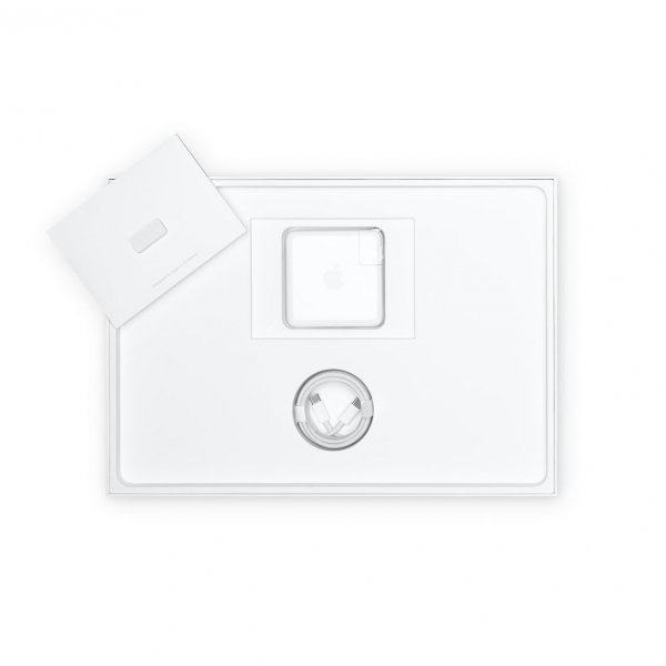 MacBook Pro 16 Retina Touch Bar i9-9880H / 16GB / 2TB SSD / Radeon Pro 5500M 4GB / macOS / Silver (srebrny)