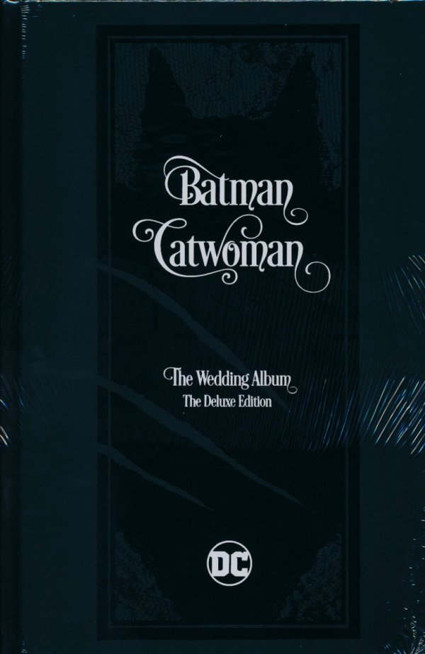 BATMAN CATWOMAN THE WEDDING ALBUM THE DELUXE EDITION HC