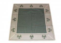 Walentynkowy Ozdobny obrus haftowany rozmiar 85x85 9247 HG Kolor: biało-zielony