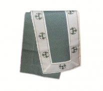 Walentynkowy Ozdobny obrus haftowany rozmiar 40x110 9247 HG Kolor: biało-zielony