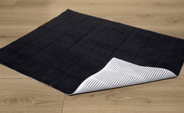 Dywanik łazienkowy prążki - antypoślizgowy 50x70 wz. P24 czarny