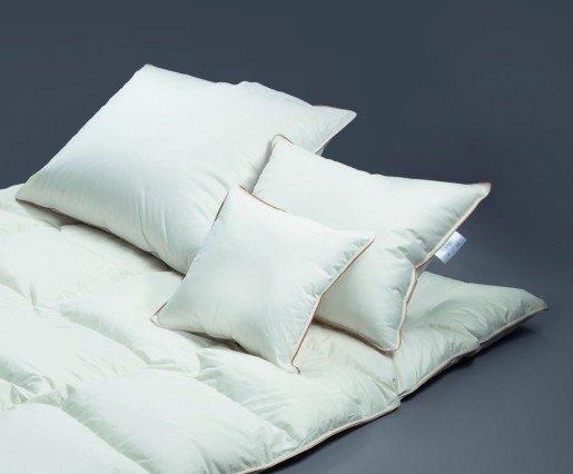 Poduszka półpuchowa 70x80 Bossanova soft