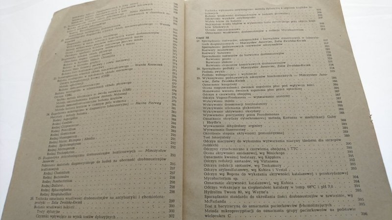 MIKROBIOLOGIA I SEROLOGIA - Red. Janowiec 1988