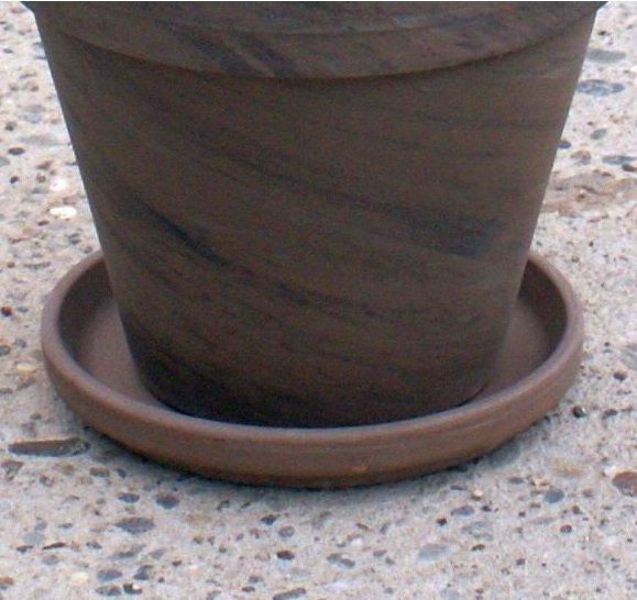 Podstawka gliniana bazaltowa