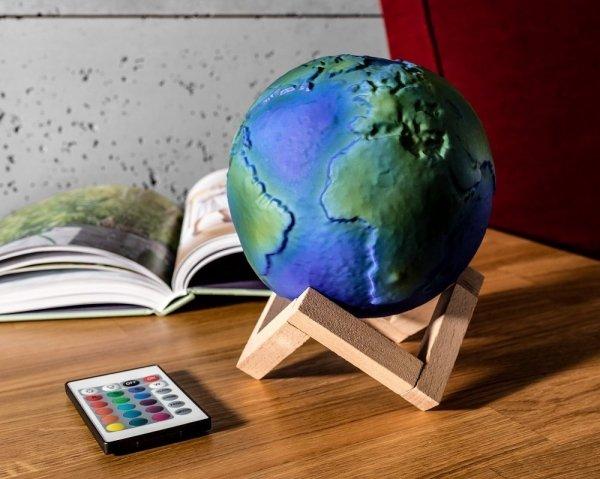 Lampa kula ziemska 3D na stojaku