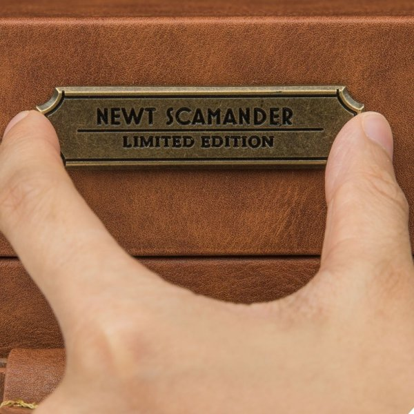 Fantastyczne Zwierzęta - Walizka Newta Scamandera edycja limitowana
