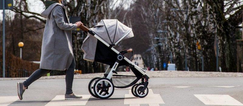 JOGGY 2019 wózek do 25 kg , koła pompowane , ekoskóra  COLETTO