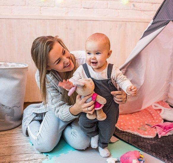 Przytulanka dla niemowląt BUNNY JULIA BABY ONO kod 620