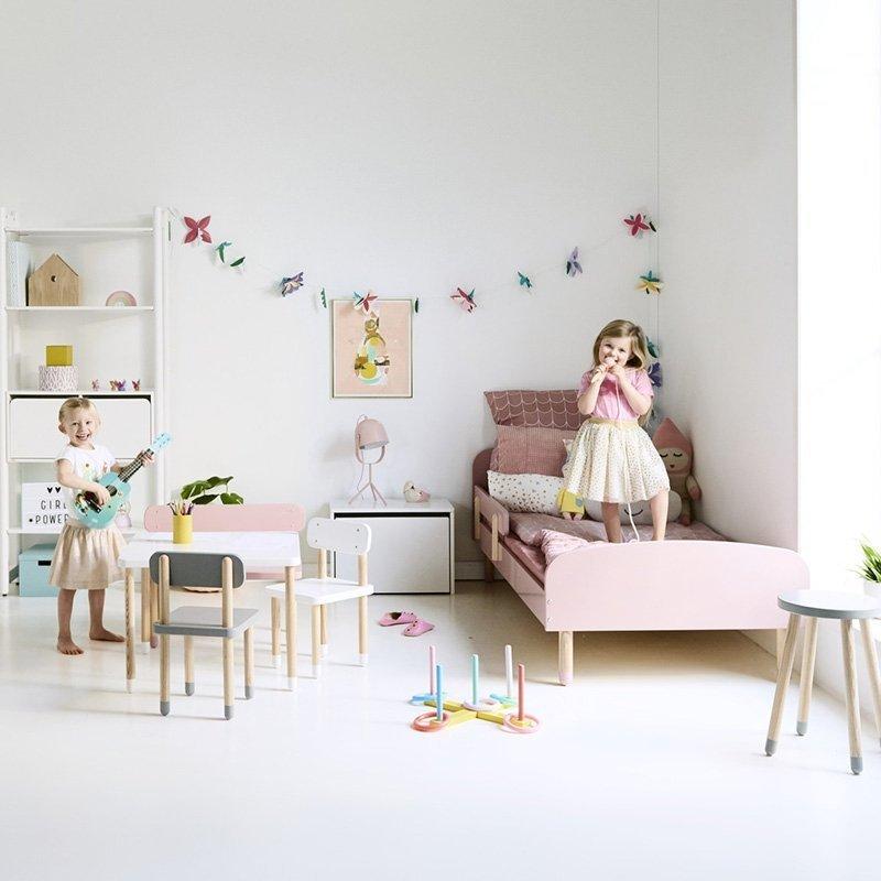 Kwadratowy Stolik Dziecięcy Flexa Play Różowy
