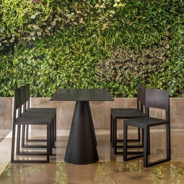 Nowoczesne krzesła do hotelowej restauracji Brera 380
