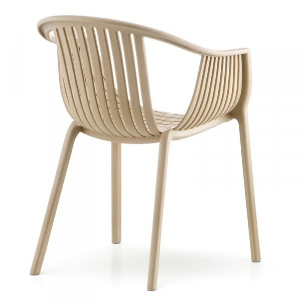 Stylowe krzesła do wnętrz i ogrodów Pedrali