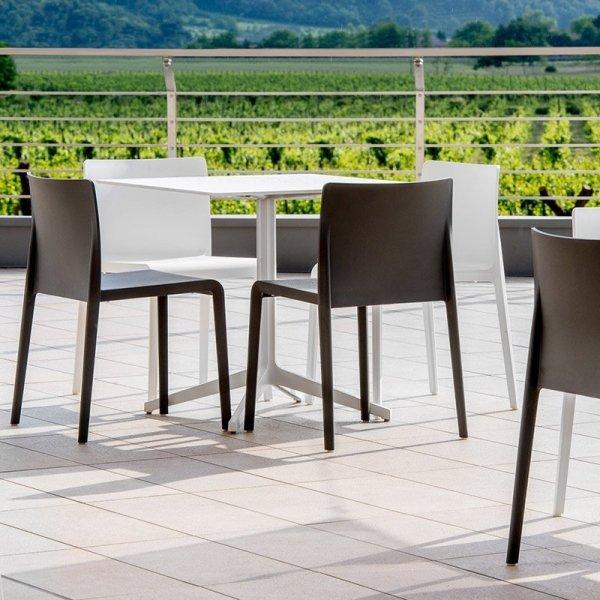 Stylowe krzesła do kawiarni Volt 670 Pedrali