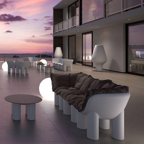 Stylowe meble zewnętrzne z tworzywa marki Plust