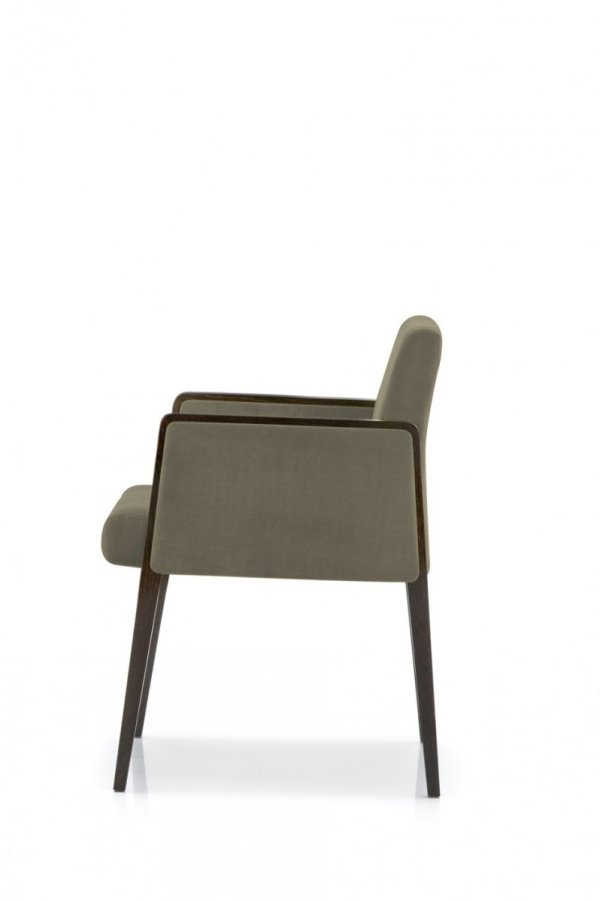 Jil 525 Fotel Tapicerowany Pedrali