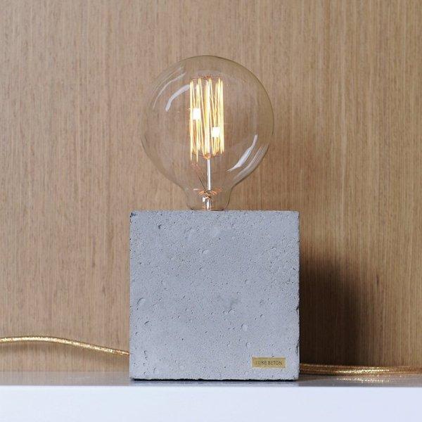 Stylowa lampka betonowa