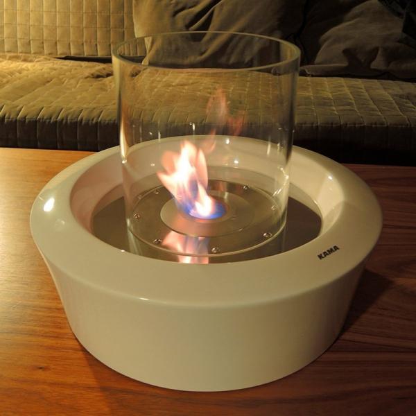 Biokominek dostępny jest w wersji z osłoną szklaną oraz bez