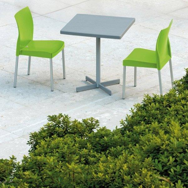 Stylowe krzesła Ice 800 Pedrali są idealne do wnętrz i na zewnątrz