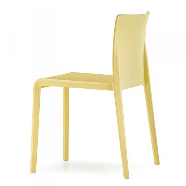 Krzesła do stylowych wnętrz Pedrali Volt 670