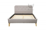 Stylizowane łóżko z guzikami na oparciu- BERGAYA