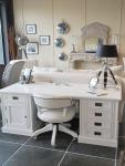 Klasyczne białe biurko Isandro