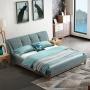 Łóżko na drewnianym postumencie w stylu kolonialnym Sonata