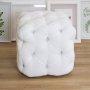 Biała pikowana pufa kostka Cubo