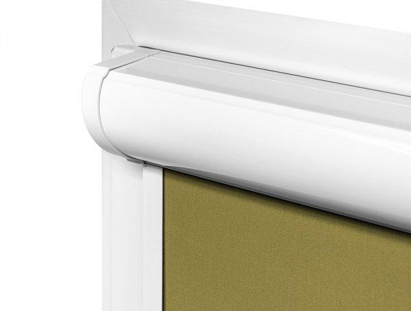 Kaseta rolet vario Plus jest przyklejana bezinwazyjnie na ramę okna