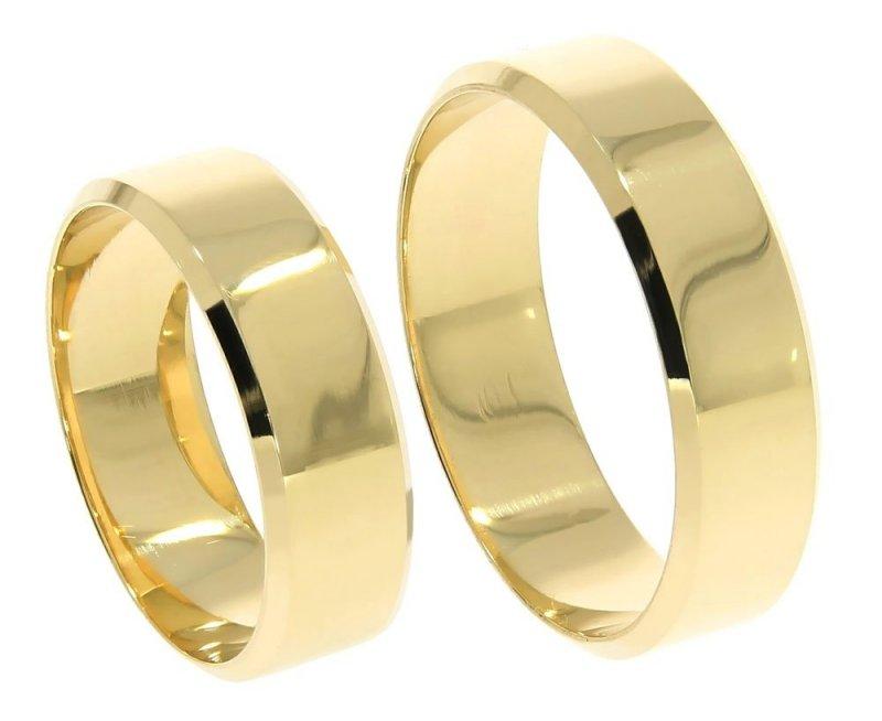 Złote obrączki ślubne grawerowane 585 płaskie z fazą 6 mm