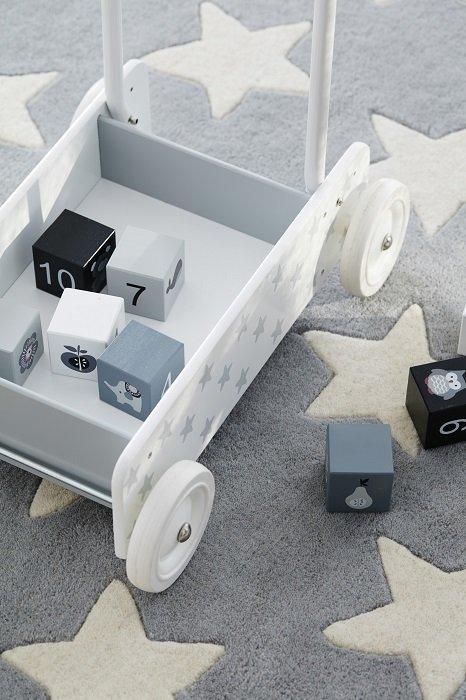 Kids Concept, pchacz drewniany, gwiazdki,