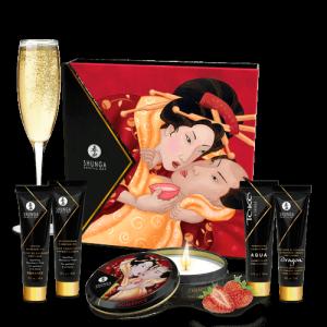 Shunga Sparkling Strawberry Wine - zestaw kosmetyków do masażu o aromacie musującego wina truskawkowego (jadalny olejek + olejek rozgrzewający + świeczka Romance + Toko Aqua + krem Dragon)