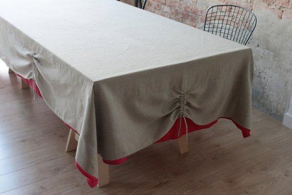 piękny obrus na stół