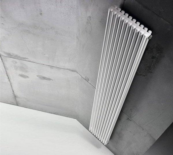 Grzejnik Antrax AV25D 1800x260 [7el.] CON[5] BIAŁY BIAN moc 881W