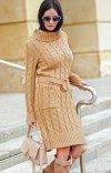 Sweterkowa sukienka z golfem karmelowa S68-1
