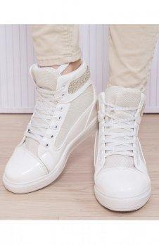 Białe sneakersy połyskujące