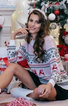 *Ciepły świąteczny sweter biały wzór F855