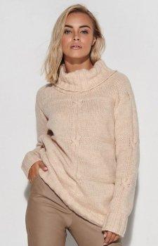 Długi beżowy sweter z golfem S107