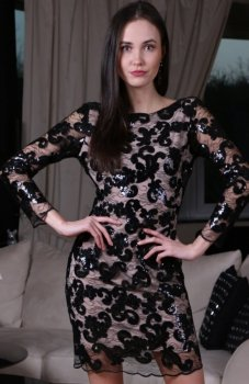 Roco 0185 sukienka cekinowa beżowa