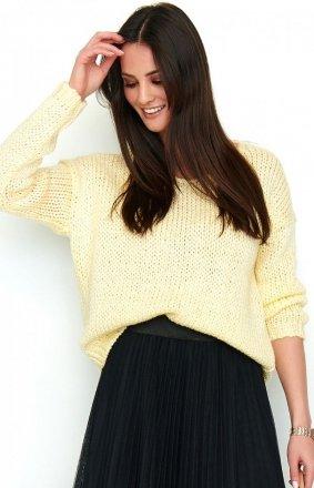 Oversizowy sweter żółty S60