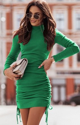 Dopasowana mini sukienka Nastia