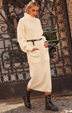 Dzianinowa długa sukienka z golfem S105
