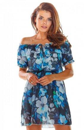 Zwiewna sukienka z dekoltem niebieska A302
