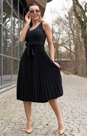 Sukienka midi z plisowaniem Meratin D07