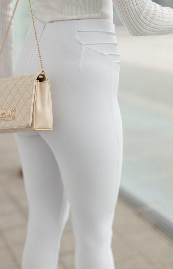 Modelujące białe spodnie Lola Fashion-3