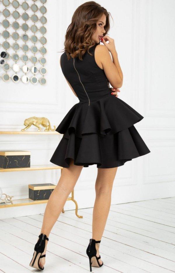 Rozkloszowana sukienka z pianką czarna 2122-16 tył