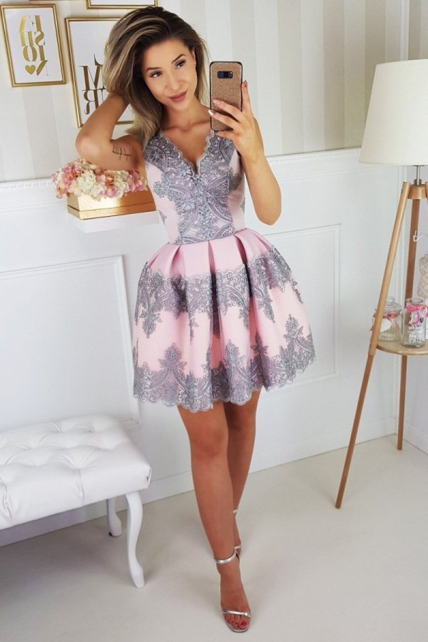 Elegancka koronkowa sukienka 2136-33_1